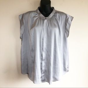 Vince Camuto Grey Top Silky with Flutter Sleeve